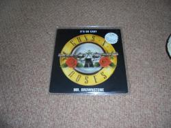 GUNS N ROSES IT'S SO EASY 7INCH PS
